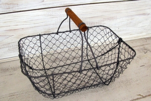 Egg Basket Chicken Wire with Wood Handle