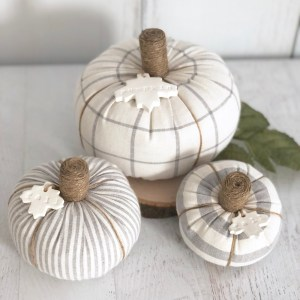 Fabric Pumpkins-The Scoop for Mommies