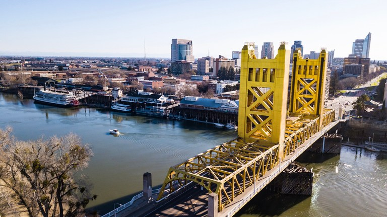 sacramento tower bridge DWYSFGF 768x431