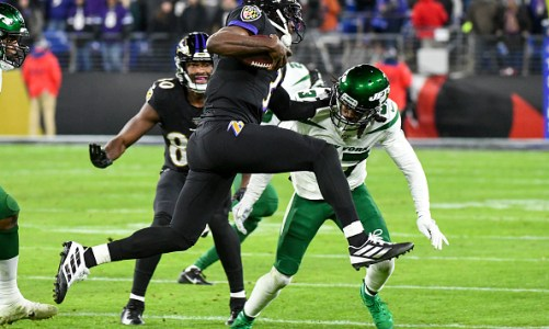 NFL DFS – GPP/Tournament Plays for Week 17