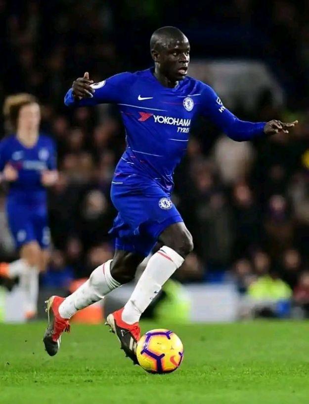 True Life Story of Chelsea Midfielder N'Golo Kanté