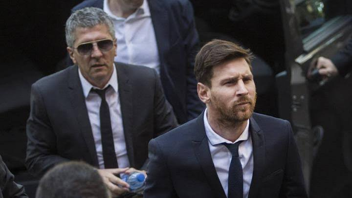 Messi's father Jorge to meet with Barcelona president as Messi quit playing for Barca
