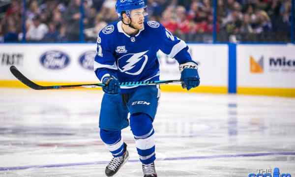 Match Point: Lightning ink star center to three-year contract