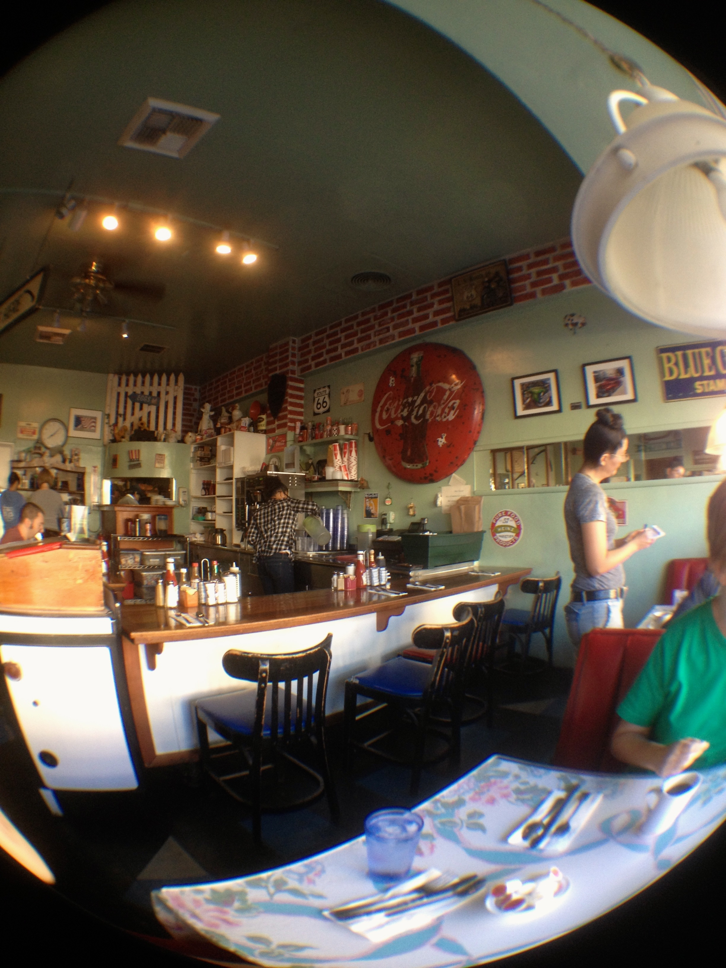 S & W Country Diner