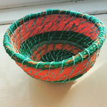 A fishing net bowl by @kittiekiller (Instagram)