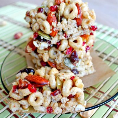 No Bake fruit and nut bars with Cheerios
