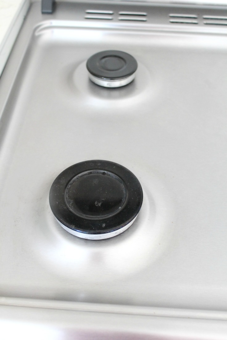how to clean your stove
