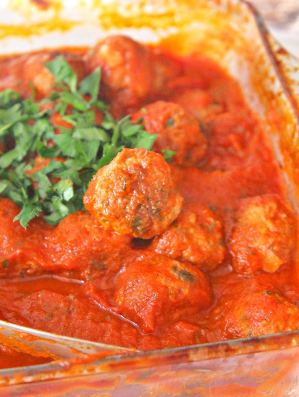 Baked meatballs with sauce