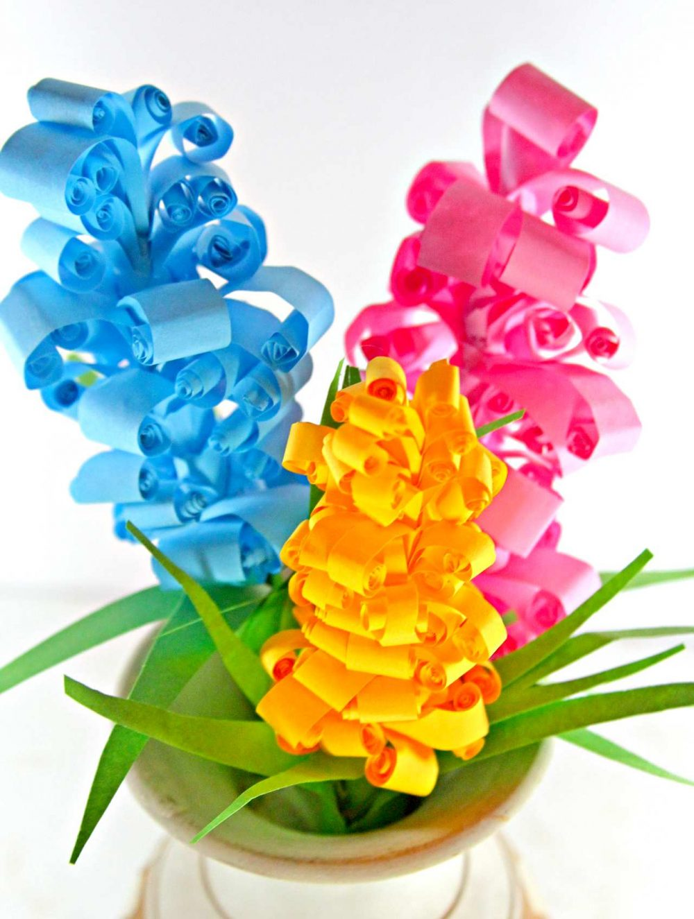 curly paper flowers