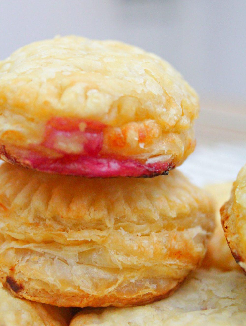 raspberry cheese mini pies