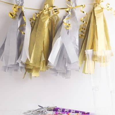 These quick & easy tassels are the perfect new years decor
