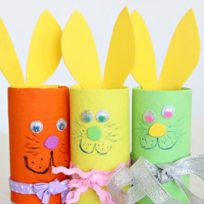 Adorable and easy Easter bunny toilet paper roll craft you'll love making with the kiddos