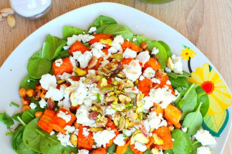 Carrot spinach salad