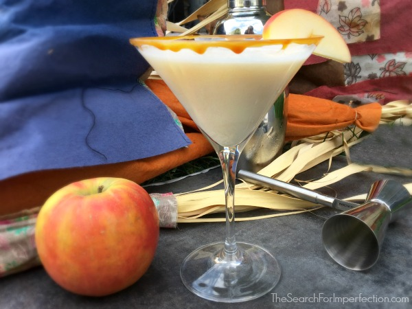 Easy Caramel Apple Martini Cocktail or Mocktail