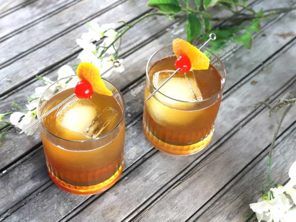 Orange Pale Ale Manhattan – Beer Cocktail
