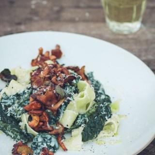 Chanterelle, Kale and Purple Sage Tagliatelle -- serve with a glass of cold wine   https://theseasonaltable.co.uk/savoury/chanterelle-cavalo-nero-purple-sage-pappardelle/