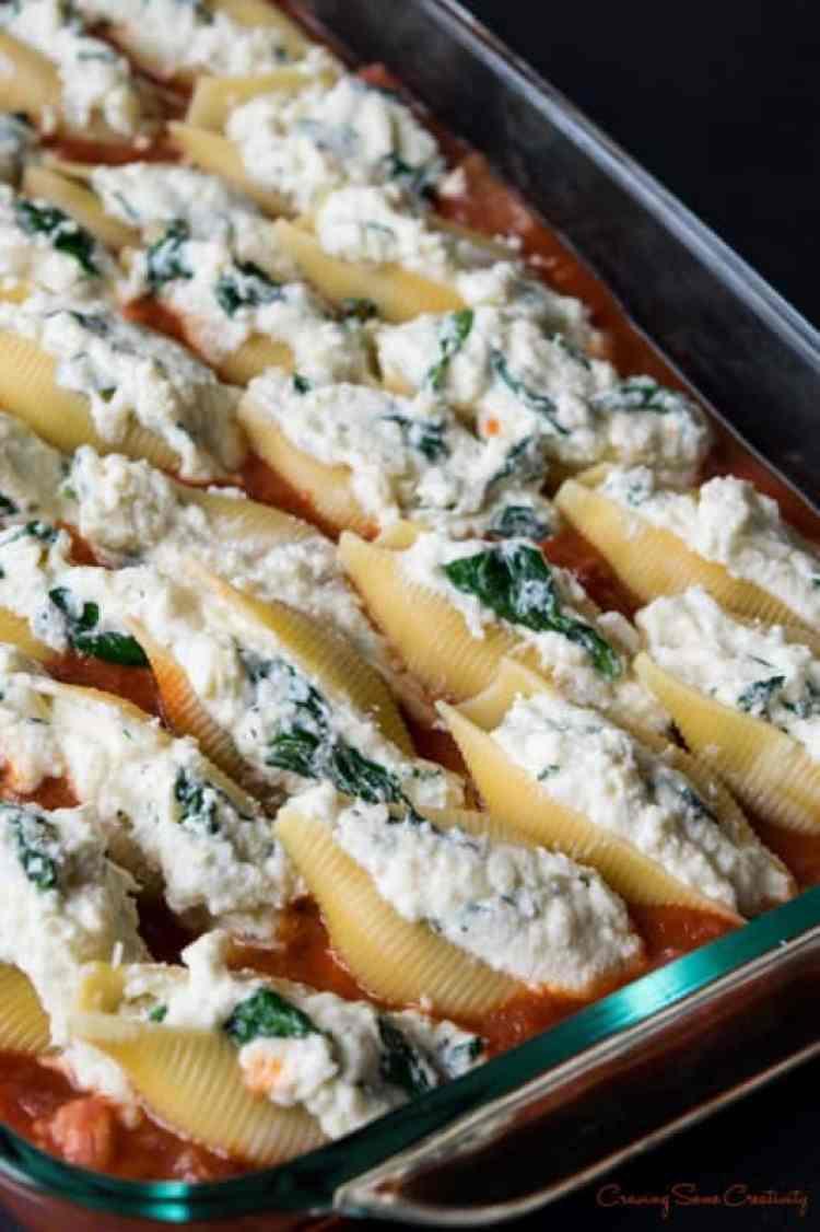 Sausage-Ricotta-Stuffed-Shells-1-533x800
