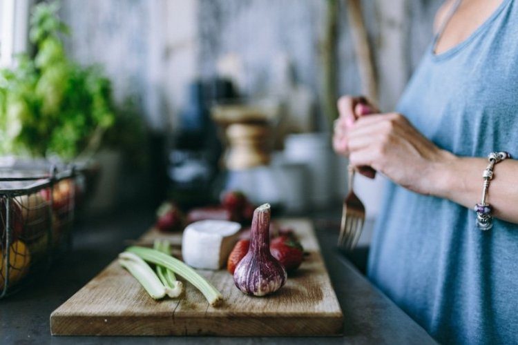 What to Serve for Dinner?! Love these Simple Meal Planning Tips for Stress-Free Evenings!