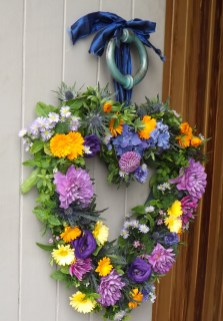Love Heart Wreath Wedding Flowers