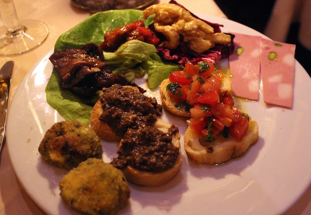 Tuscany nibbles at La Giostra restaurant in Florence