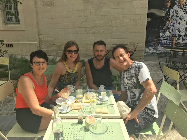 Sunny lunch at L'Ami Voyage in Avignon during the theatre festival