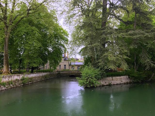 Visiting the castle of Azay-le-Rideau