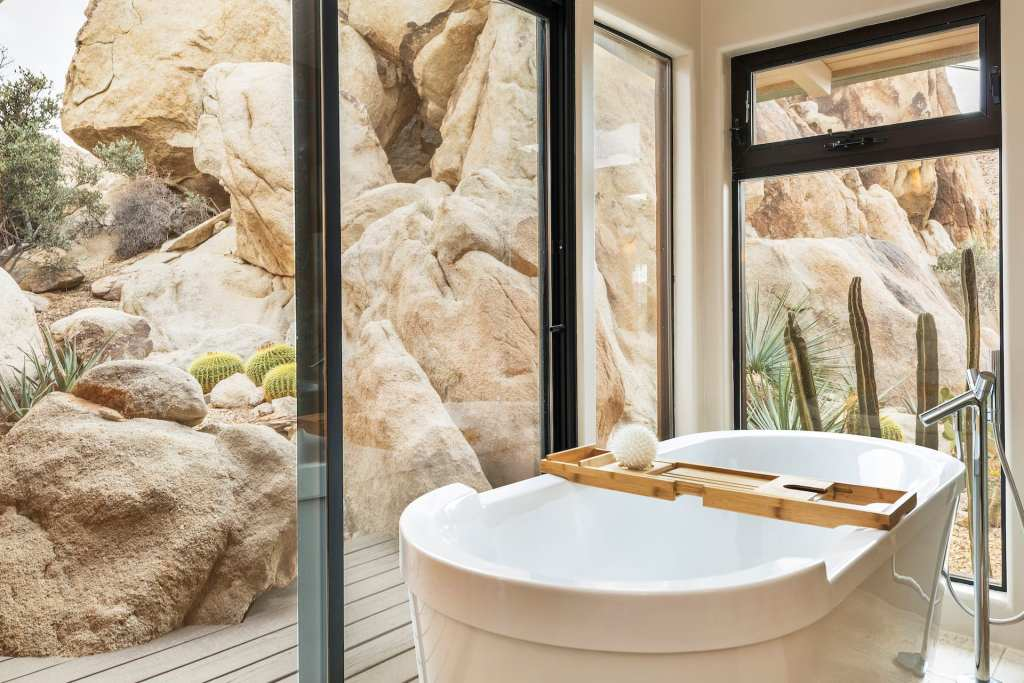 Rockbound-Oasis-Retreat-joshua-tree-california-airbnb-hotel-places-to-stay-where-to-stay-rental-house