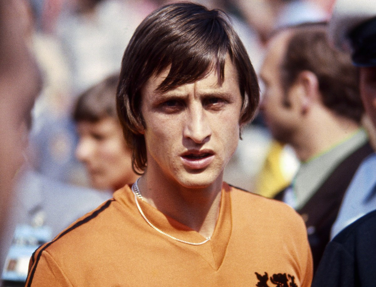 The decline of Dutch ball playing centre backs