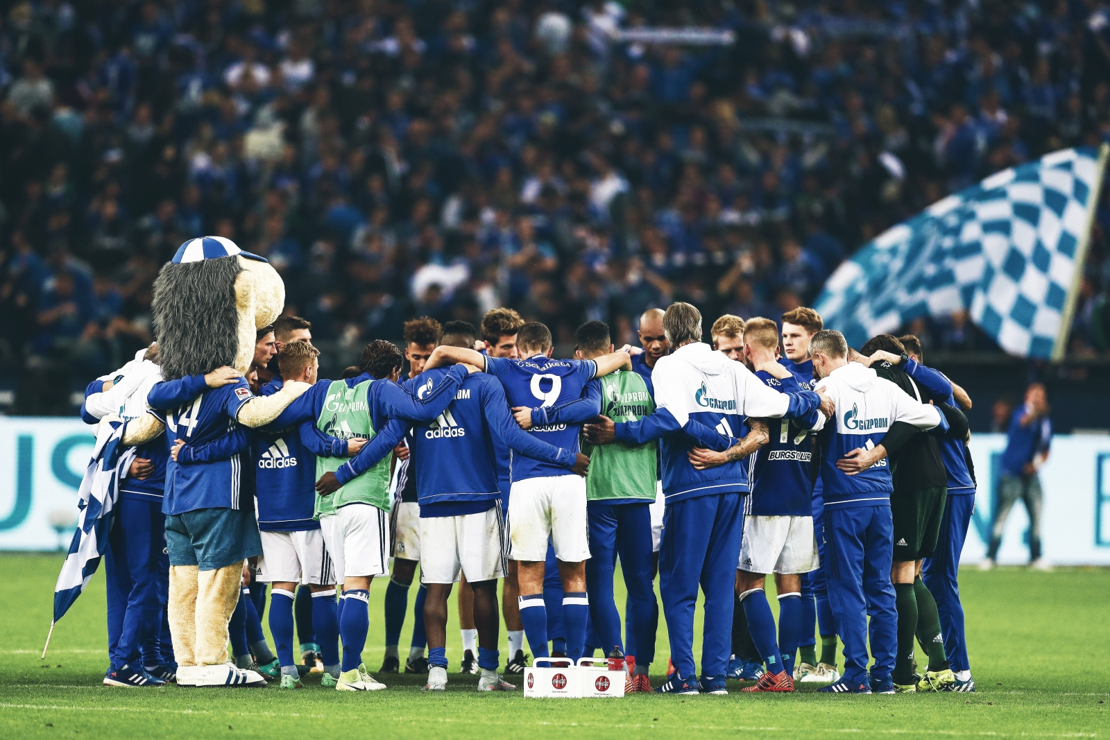 The Transfer Policy Stopping Schalke From Becoming A Major Power