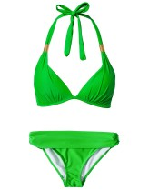 Hot Anatomy green triangle bikini -available at nelly.com- £49.95 / Bikini verde de triángulo de Hot Anatomy -disponible en nelly.com- 64,95 €