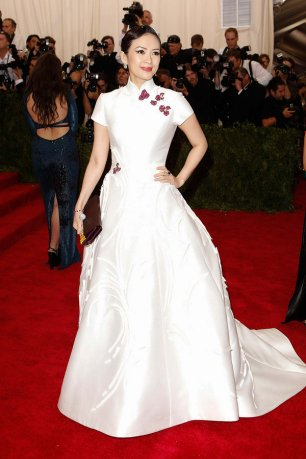 Ziyi Shang wears a Carolina Herrera dress and Cindy Chao jewellery (as embellishment on the gown)