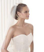 'Mijas' Pronovias Modern Bride Collection / Photo: Pronovias