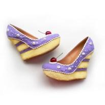 Shoe Bakery Purple Cake Wedges