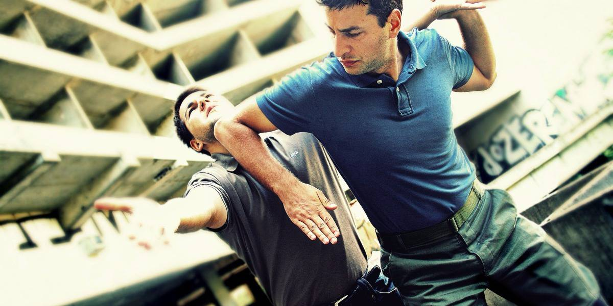 Who Is Ruining The Self Defence Industry? (Hint; You Know Them)