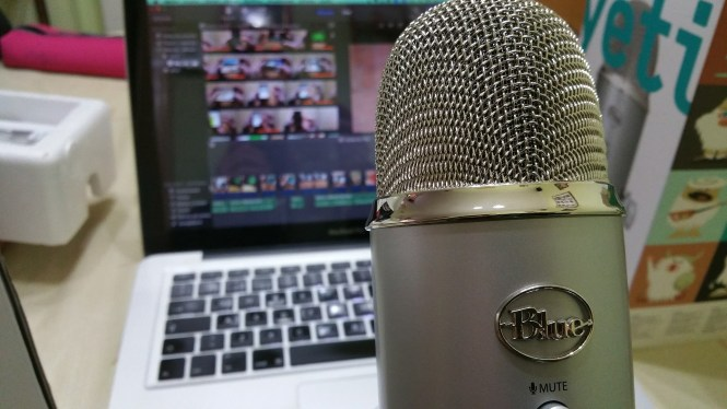 podcasts-microphone