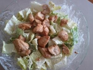 chicken-caesar-main-course-salad
