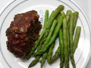 meat-loaf-and-asparagus-tips
