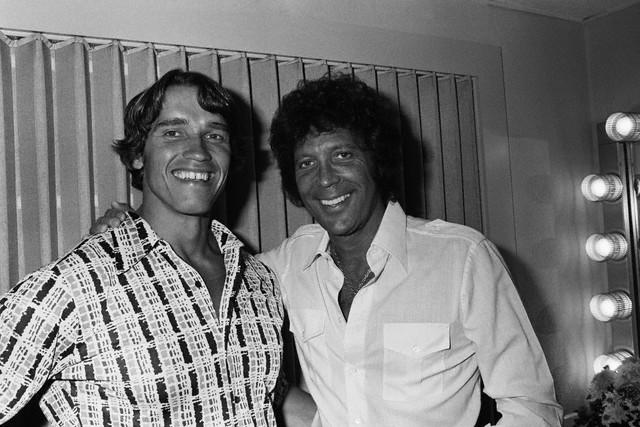 Arnold Schwarzenegger and Tom Jones --1977.