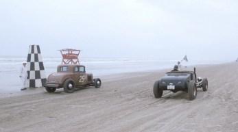 A TROG THE RACE OF GENTLEMEN OILERS CC VINTAGE CAR CLUB WILDWOOD RACING