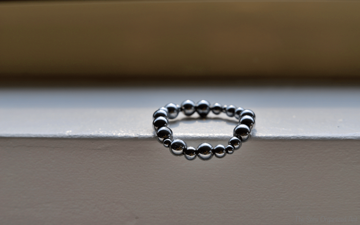Easy DIY Stackable Stretch Bracelets - The Semi Organized Ant