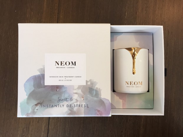 Neom Organics Treatment candle packaging