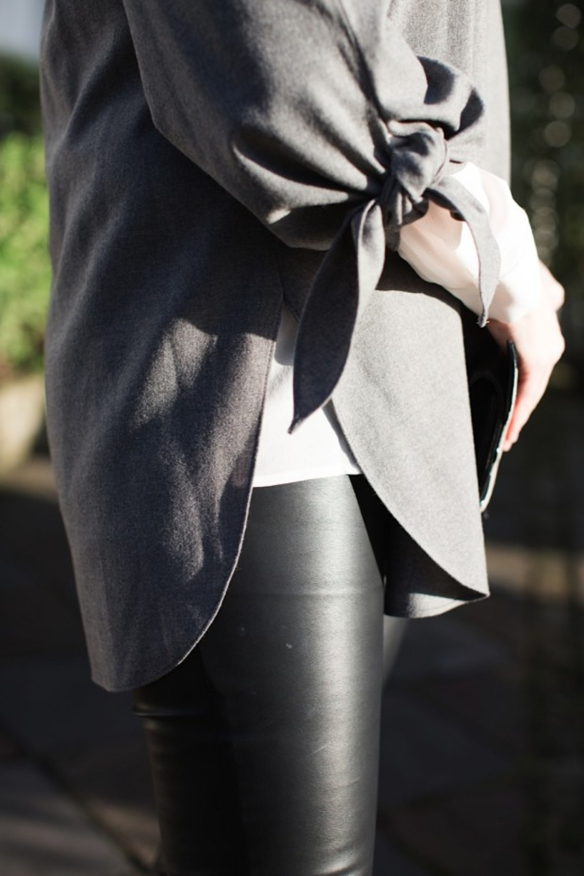 tibia grey flannel top