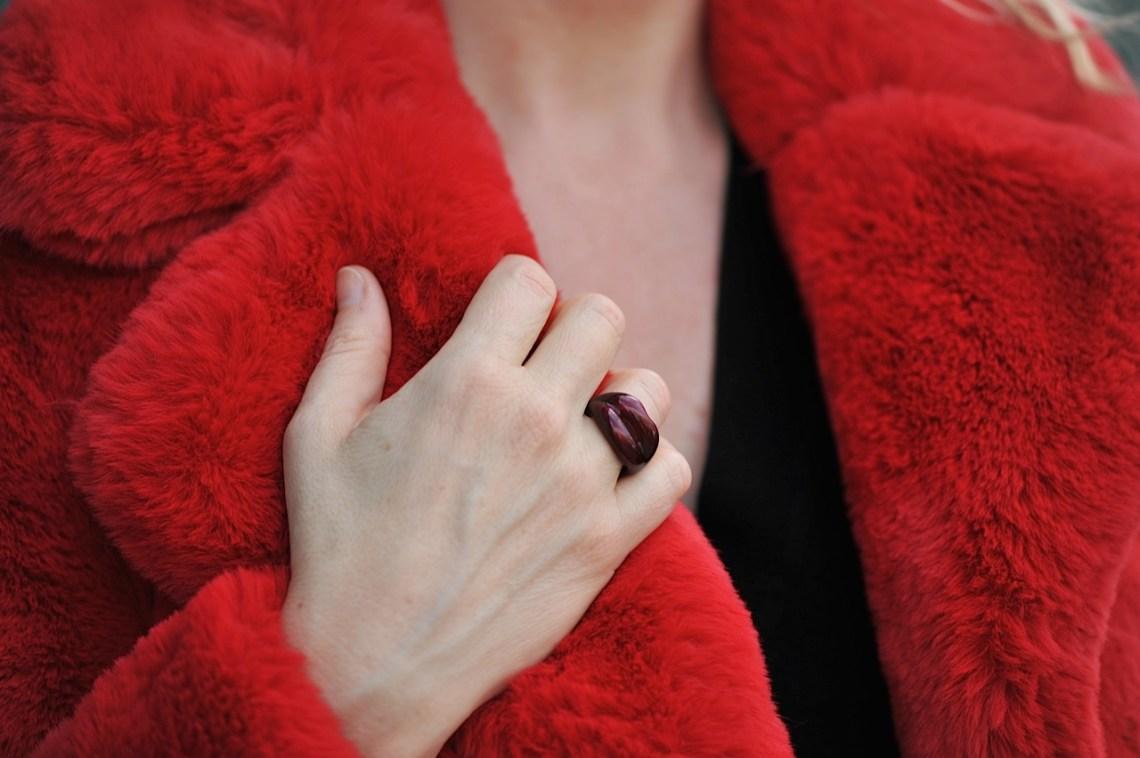 Solange Hot Lips Ring