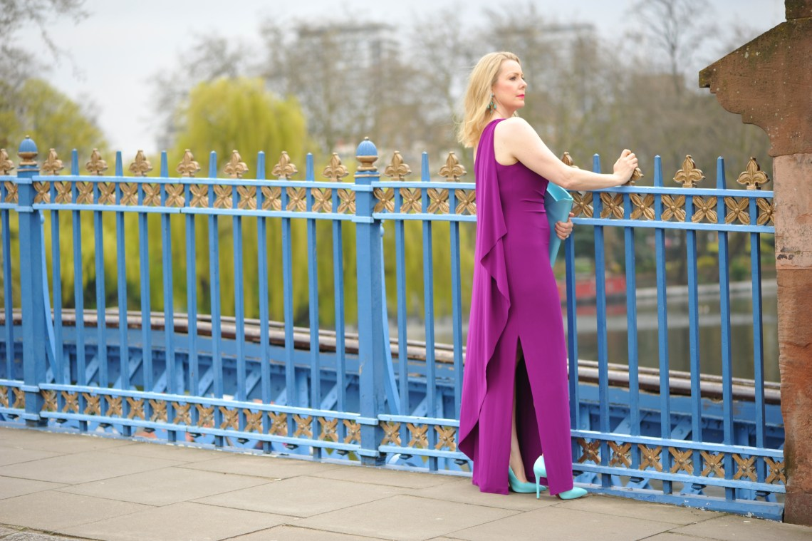 Summer Style for a Mother of The Bride - The Sequinist