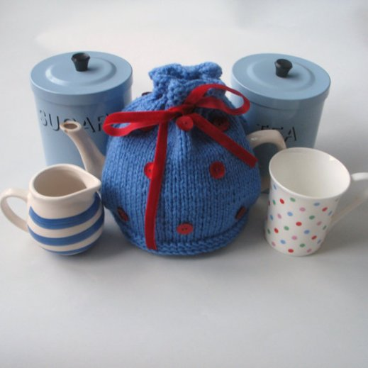 teacosypolkadot blueandred