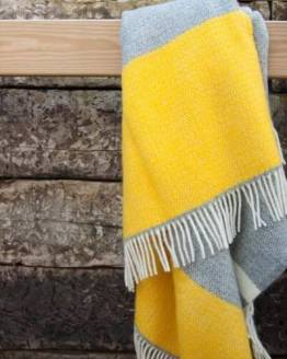Atlantic Blankets Yellow Windmill Block Throw