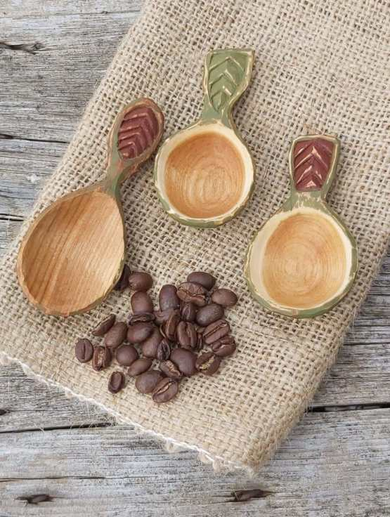 coffee scoops above