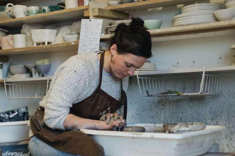 Liz Vidal making shot