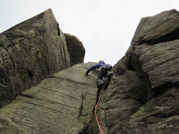 My first trad lead of 2016 on Recess Crack (VDiff) at Bamford Edge.