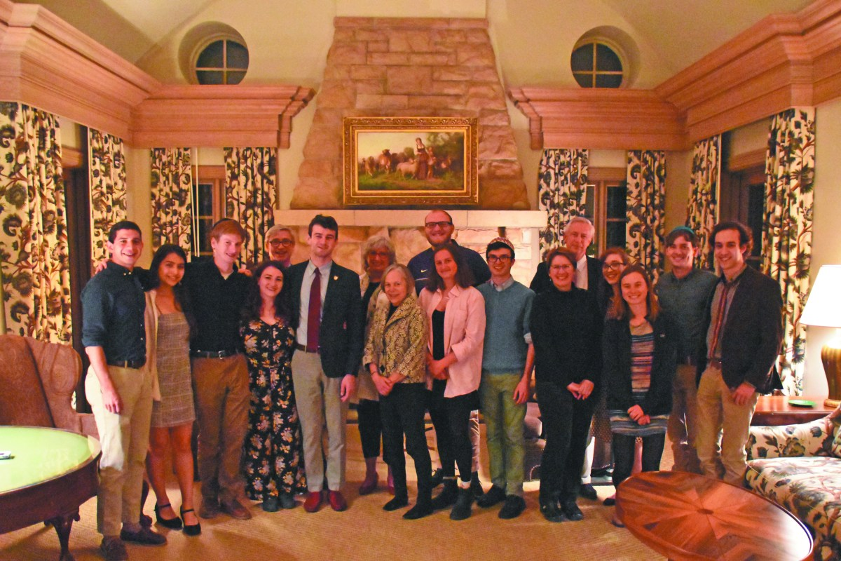 Jewish Student Association hosts Passover at Chen Hall